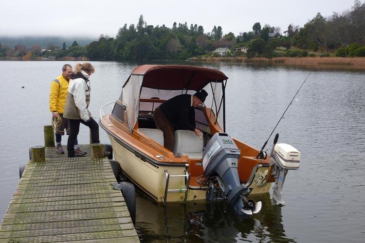Pescando en el lago Okareka, Rotorua