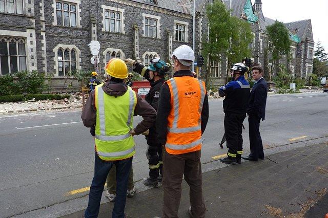 Operarios y político en terremoto de Christchurch
