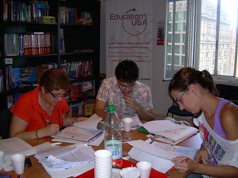 En las academias nos pueden preparar para aprobar el IELTS