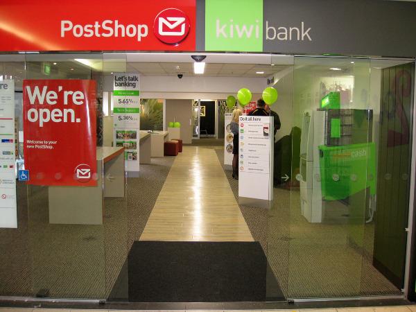 En el Post Shop o en Kiwi Bank podremos rellenar el formulario de registro