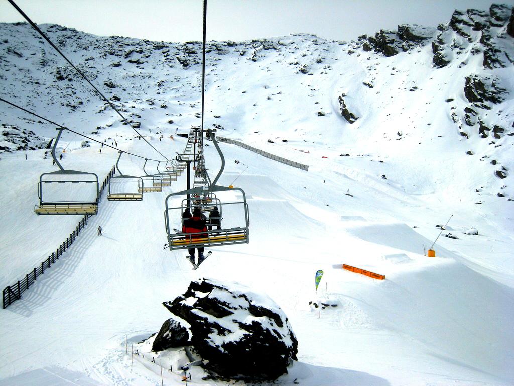 estacion-esqui-queenstown-nueva-zelanda-comoserunkiwi