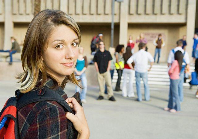 Fotografía de una estudiante