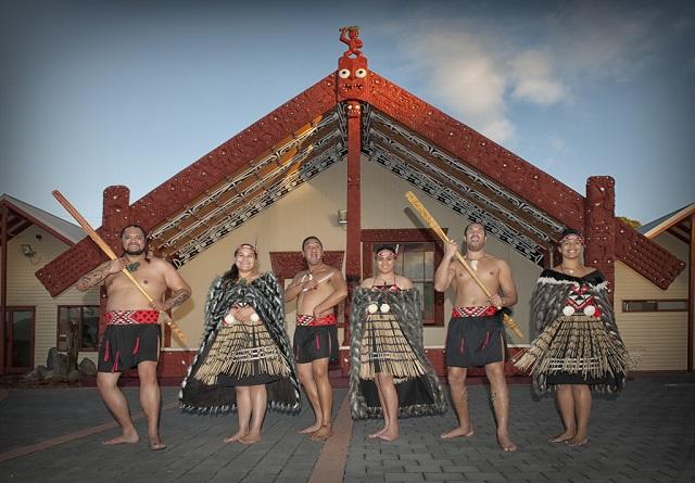Pueblo maorí Whakarewarewa en Rotorua