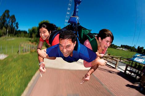 Atracción de swoop swing en Rotorua