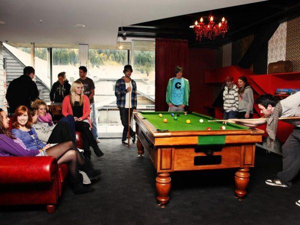Diversión en el hostel Nomads de Queenstown
