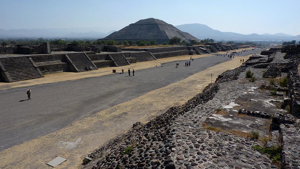 Calzada de los Muertos de Teotihuacán
